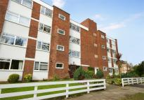 Flat to rent in Park Road, Chiswick