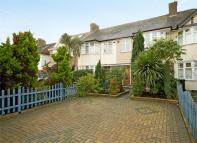 Terraced property to rent in Amhurst Gardens...