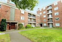 4 bedroom Flat for sale in Edensor Gardens, Chiswick