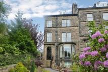 3 bed Apartment in Crossbeck Road, Ilkley...