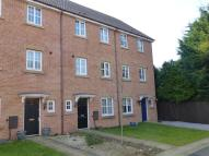 4 bed house in Laxton Grove...