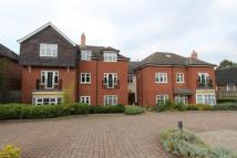 2 bed Apartment in Station Road, Knowle...