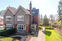 6 bedroom semi detached home in The Avenue...