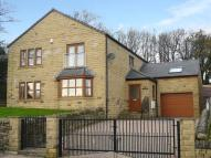 4 bed Detached house in Station Road, Denholme