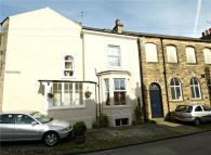 2 bedroom Terraced house in Chapel Square, Settle...