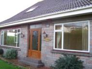 Detached home to rent in Cairnlea Avenue East...