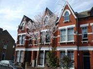 1 bedroom Flat in Fairbridge Road {1014FB}...