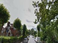 Studio flat to rent in Maxwell Road {1117MX}...