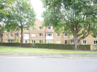 Apartment in Lyndhurst Court...