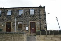 2 bedroom Cottage in Cresswell Lane, Dewsbury...
