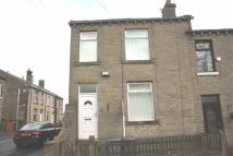 2 bedroom house in Scholes Lane...