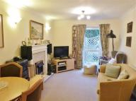 Flat for sale in Manor Court...