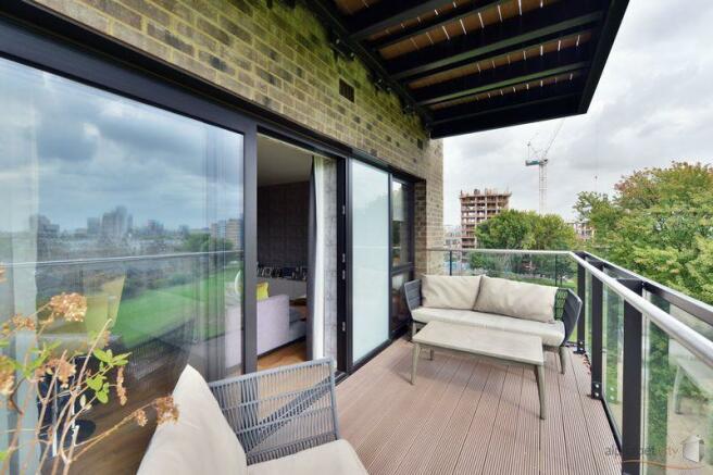 Balcony (3)