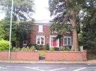Apartment to rent in WOODLAND ROAD...