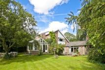 5 bedroom Detached home in Beechfield Lane...