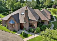6 bed Detached property for sale in Shinfield, Reading...