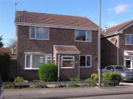 4 bed Detached house in Valley Road...