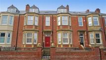 6 bedroom Terraced property in Kirton Park Terrace...