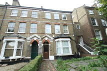 3 bed semi detached property for sale in Hartham Road, LONDON