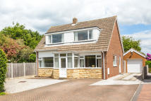 4 bed Detached home in Causeway...