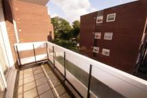 3 bedroom Flat to rent in Woodville Court...
