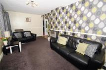 2 bed Ground Flat for sale in East Moor Close, LEEDS...