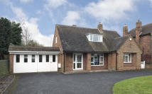 4 bed Detached property in Cot Lane, Kingswinford...