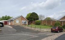 2 bedroom Detached Bungalow in Garret Close...