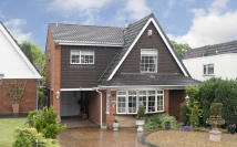 3 bedroom Detached house for sale in Chingford Close...