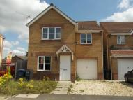 Detached property in Riverside Approach...