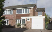 3 bed semi detached house in Brookside Way...