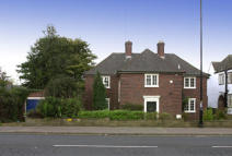 Ednam Road Detached house to rent