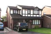 4 bedroom Detached property in 15 Robin Close...