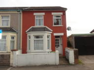 End of Terrace home to rent in Oxford Street, Treforest