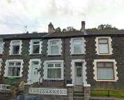 Terraced property to rent in Mountain Ash Road...