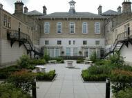 Apartment in Lanesborough Court...