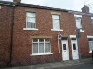 2 bedroom Terraced home to rent in Queen Street...