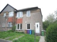 3 bed Flat to rent in Gladsmuir Road, Glasgow...