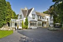 6 bedroom Detached house for sale in Woolsington...