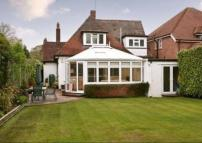 Detached home to rent in Park Way, Shenfield...