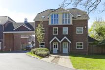 Town House in Pendenza, Cobham...