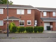 Ground Flat to rent in Nuneaton Way...