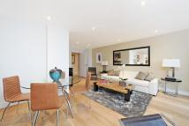 Flat in Broughton Road, Fulham...
