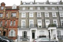 semi detached house in Thurloe Square, London