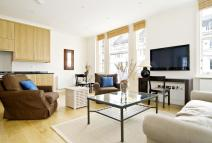 Flat in Queensberry Place, London