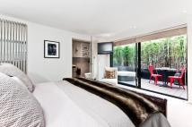 new Flat to rent in Queens Gate Place, London