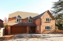 5 bedroom Detached property to rent in Station Road, Fladbury...