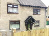 3 bed semi detached property in Winterway...