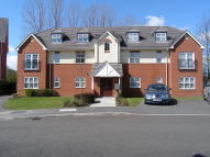 2 bed Apartment in Crossland Mews, Lymm...