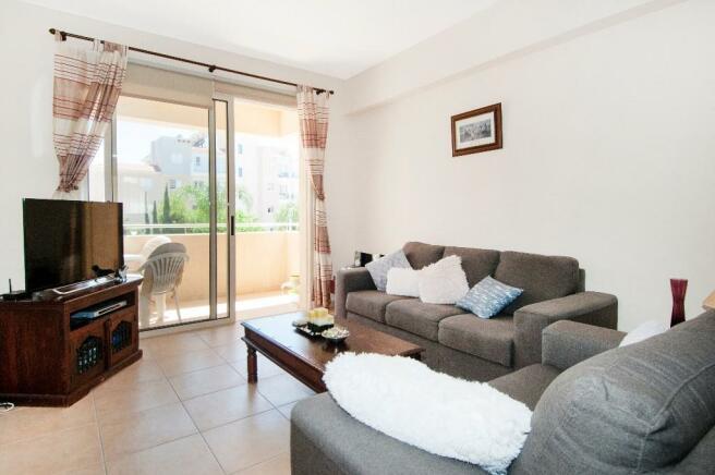 Living Area & Balcon